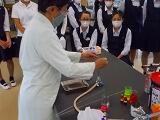 先生によるモデル実験